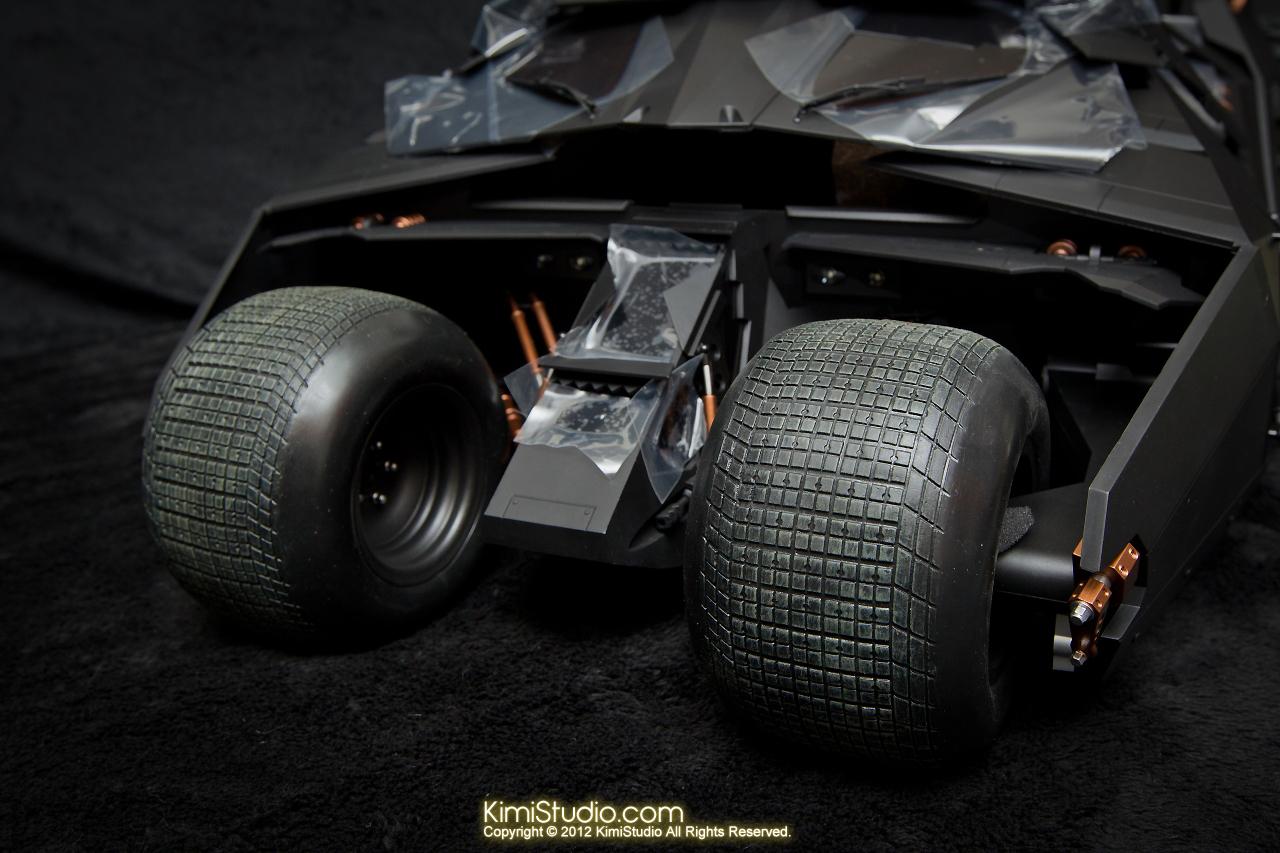 2012.09.22 MMS69 Hot Toys Batmobile-014