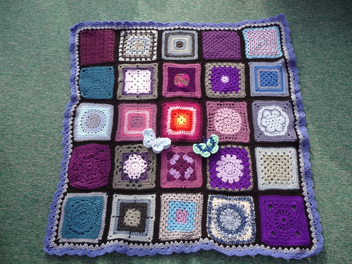 Thanks to everyone who contributed Squares for this Blanket. It's beautiful!