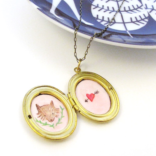 locket-fox-heart-arrow-1
