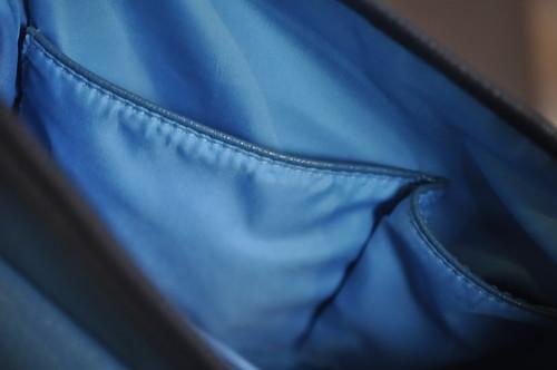 アニタ・アレンバーグ 最新バッグ バイカラートリムショルダーバッグ