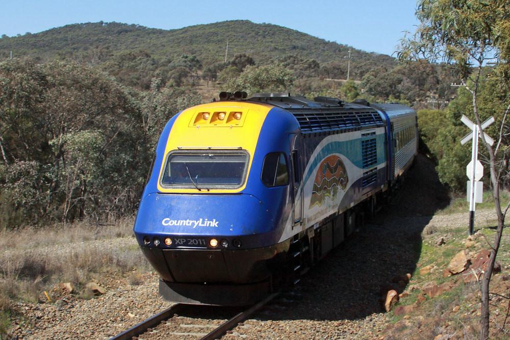Melbourne bound XPT through Bethungra by Corey Gibson
