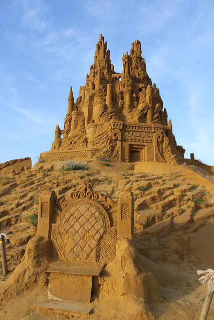 big castle and throne made of sand
