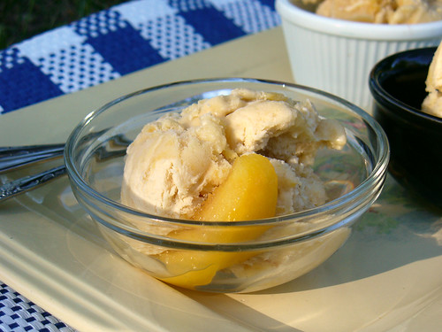 Peaches & Buttercream Ice Cream (0063)