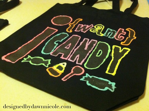 DIY Glow-in-the-Dark Trick or Treat Bags #iLoveToCreate #Halloween