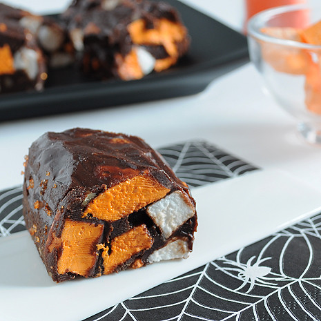 Halloween Chocolate Marshmallow Rolls