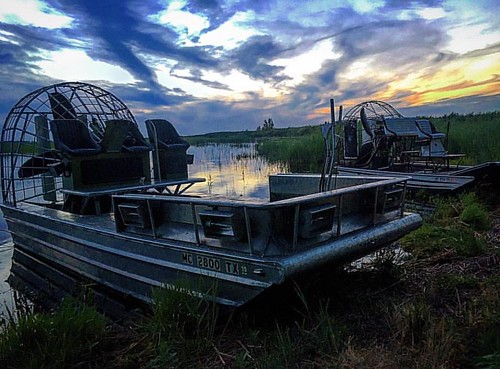 #photo #tagged to Team  #airboataddicts by and go #follow #airboataddict @zmcorrad Evening #ridetoslide on the #saginawbay #puremichigan #sunset this #airboatlife #saltlife #marshlife get #outdoors go #airboatin get #addicted to your #airboat #blowboat #u
