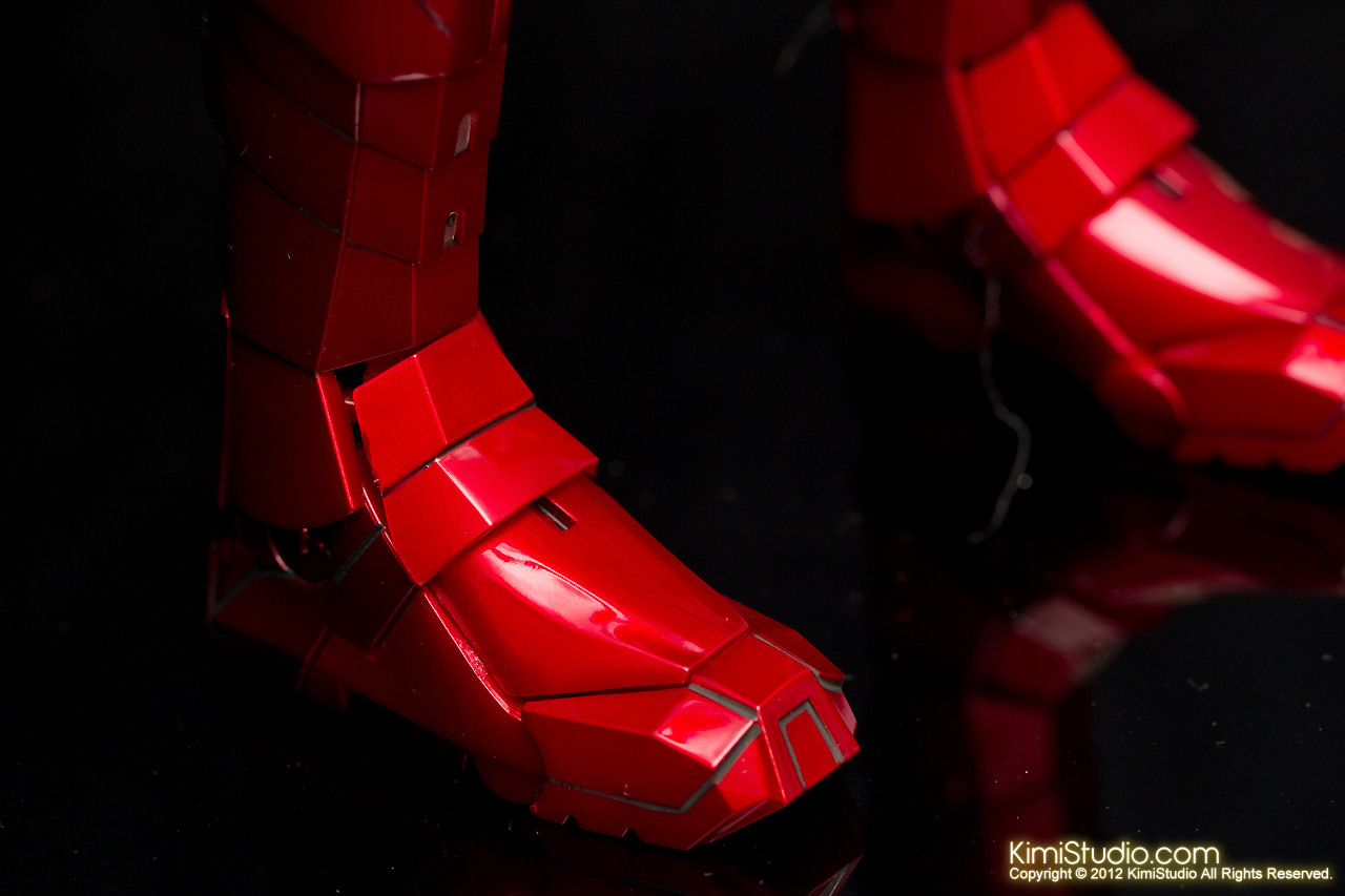2012.09.01 Hot Toys Iron Man Mark V-011