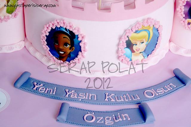 Disney Prensesleri şato pasta