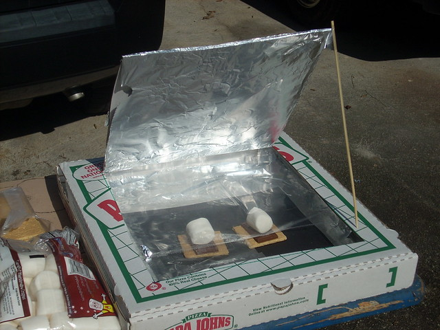 Pizza Box Oven for S'mores | Flickr - Photo Sharing!