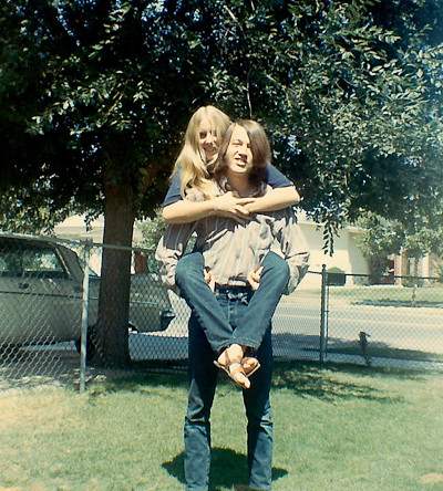 An old photo of Linda and Bill.