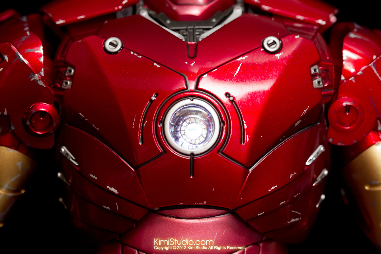 2012.09.13 MMS110 Hot Toys Iron Man Mark III 戰損-022