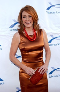 Patricia Heaton Satin 55288d1179863002-patricia-heaton-tight-leggy-copper-satin-dress-patricia-heaton00017