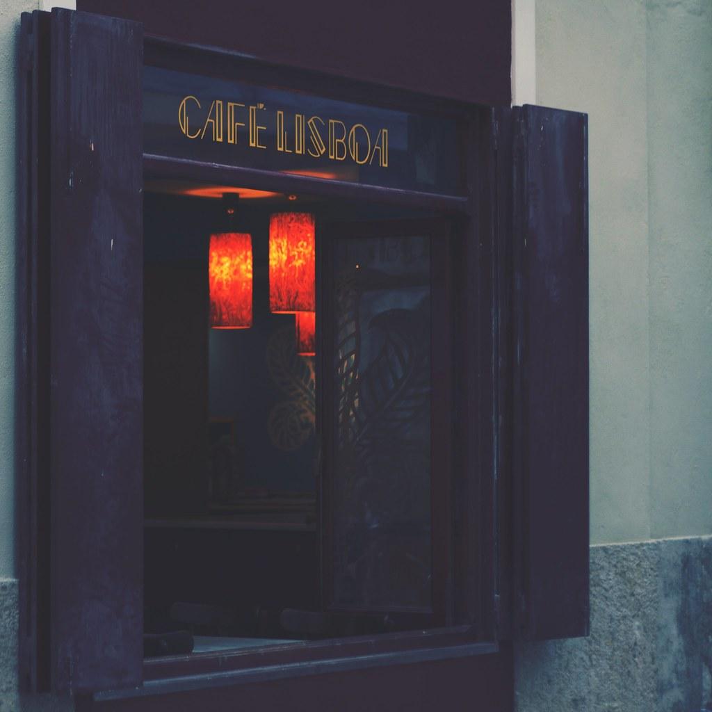 . café lisboa .