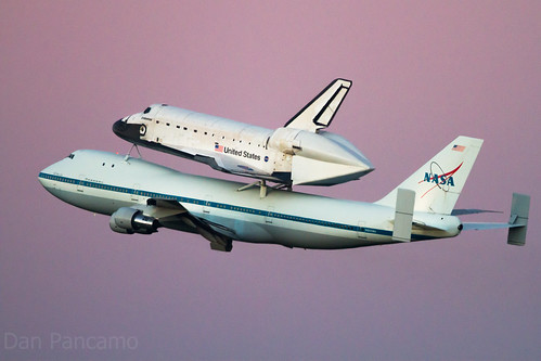 Space Shuttle Endeavour Leaves Houston under Purple Skies