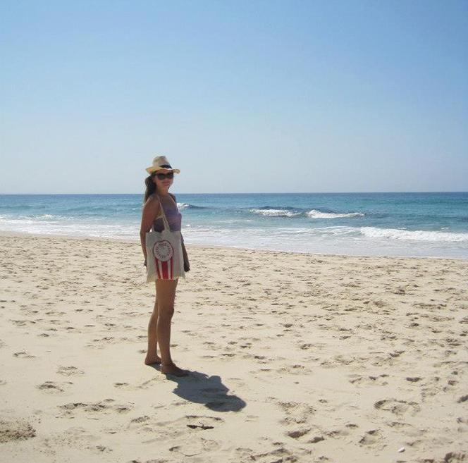 nell_beach_tote