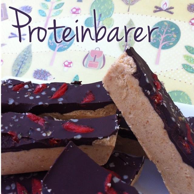 Proteinbarer med sjokoladetrekk