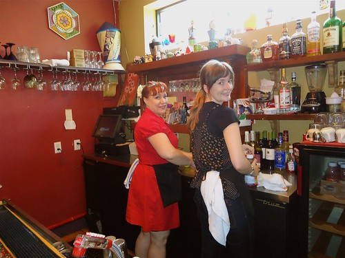 Lisa and Sara behind the bar at the Blue Plate Cafe. Photo by Melanie Merz.