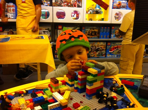 First Tuesday Mini Build At The Chinook Mall Lego Store