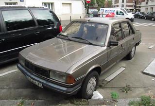 1981 Peugeot 305