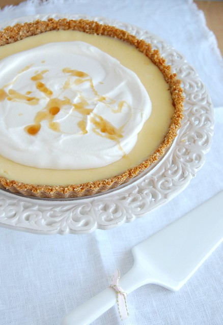 Lemon and honey anzac tart / Torta anzac de mel e limão siciliano