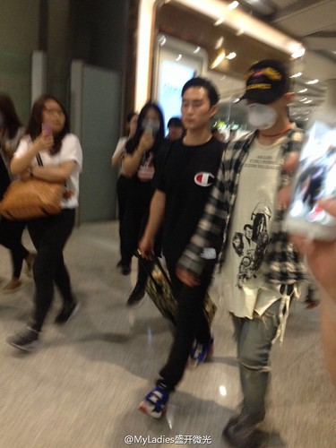 Big Bang - Beijing Airport - 05jun2015 - G-Dragon - MyLadies盛开微光 - 01