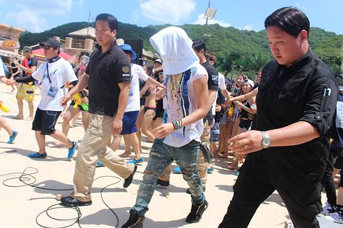 GDragon_WaterWorld_CF-Event_20140704 (74)
