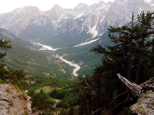 La Grande Valle di Valbona by Ylbert Durishti