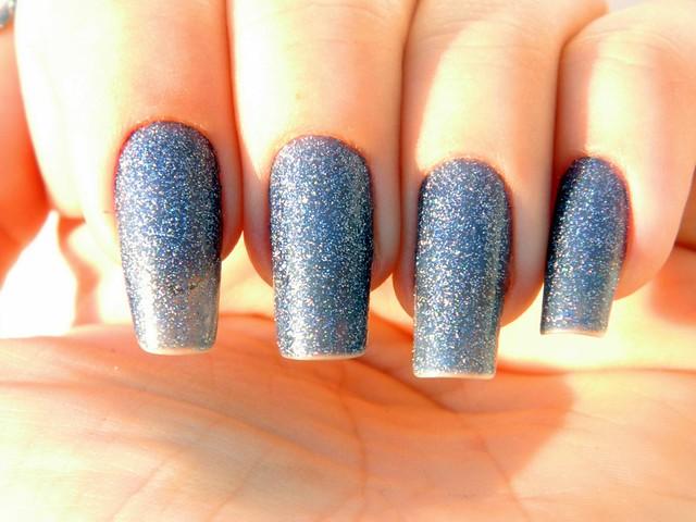 juliana leite unhas da semana esmalte azul 3D top beauty 003