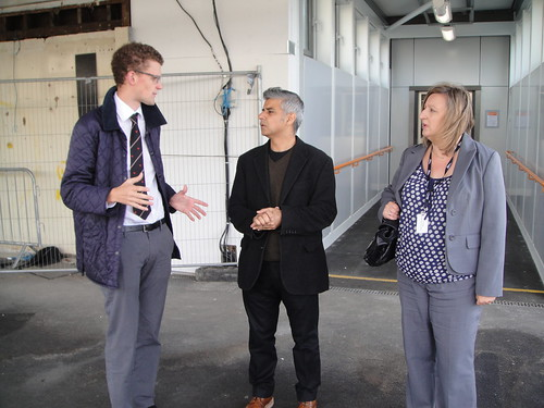 Sadiq talking to Network Rail staff on platform 3 at Earlsfield Station