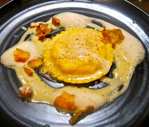 "Uova da Raviolo ""Carbonara"" smoked bacon"