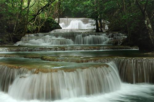 Waterfall by Boy-piyaphon