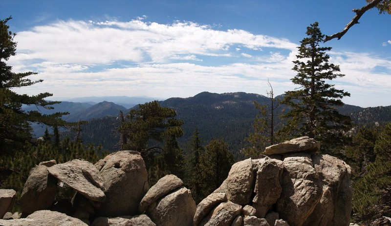 View south from Hidden Lake Divide toward Tahquitz Peak