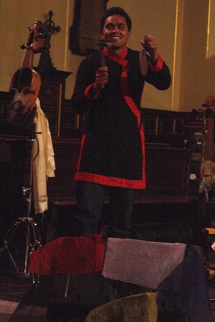 Kutumba (2012) 09