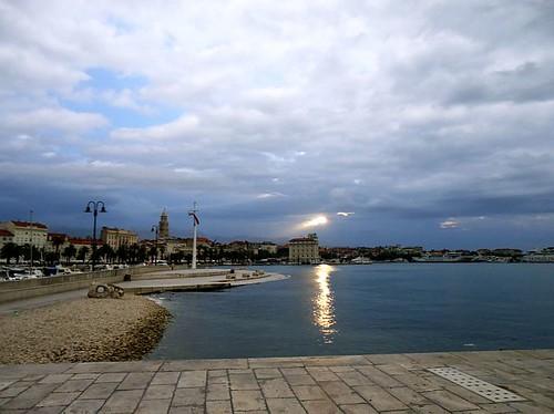 jutro by XVII iz Splita