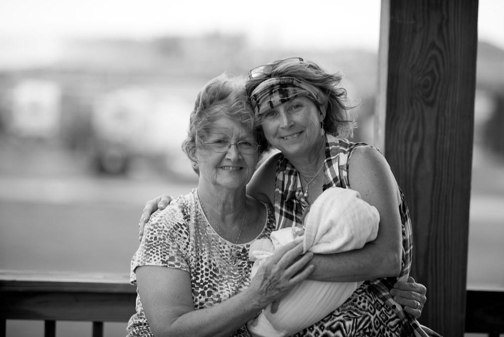 Aunt Linda and MiMi