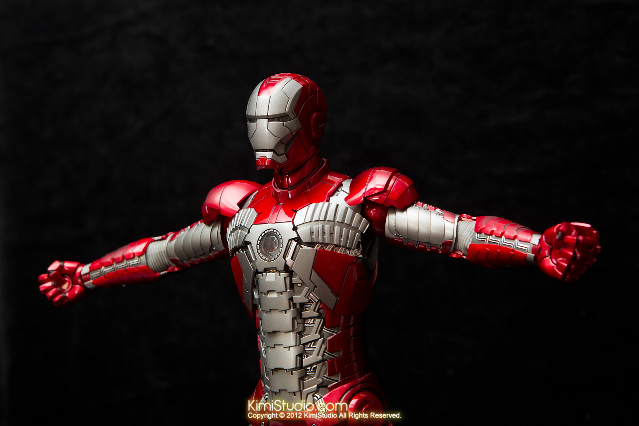 2012.09.01 Hot Toys Iron Man Mark V-029