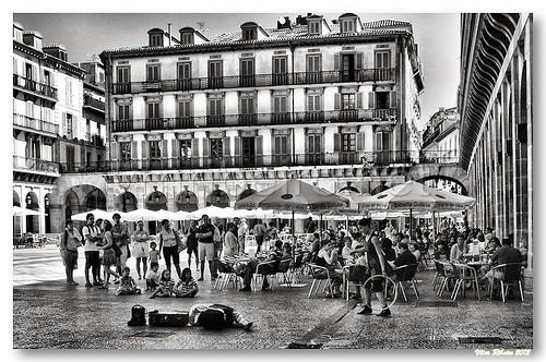 Performance de rua em San Sebastian by VRfoto