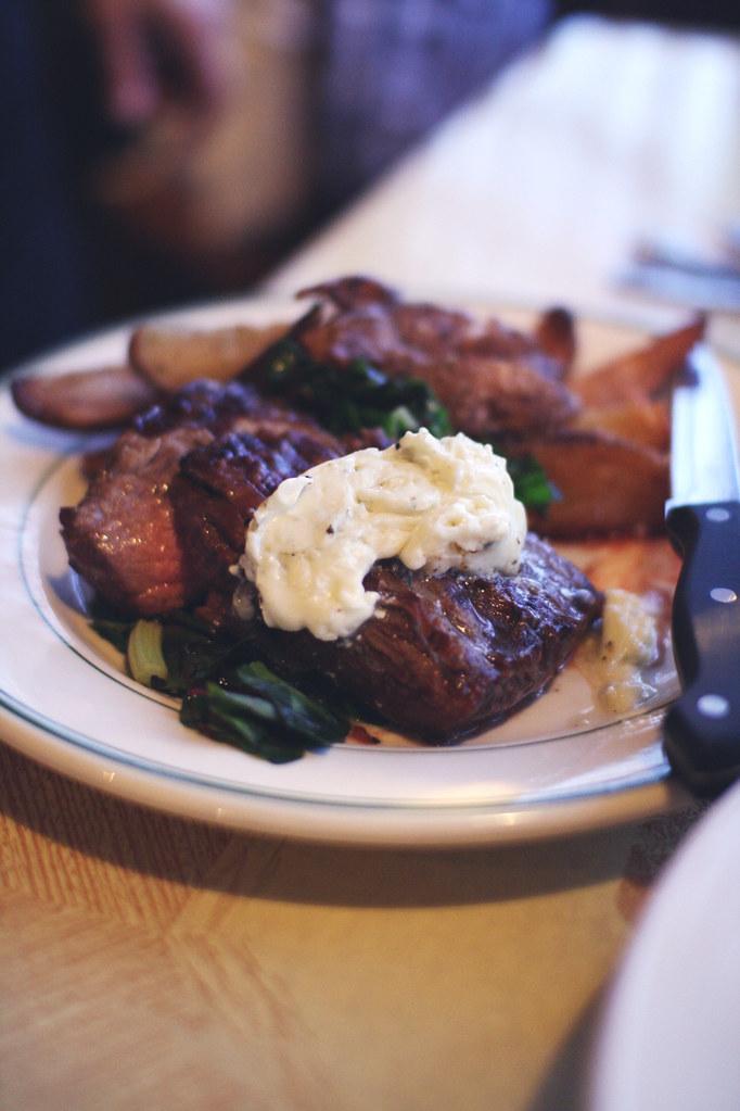 steak with gorgonzola butter