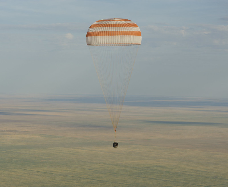 Expedition 32 Landing (201209170001HQ)