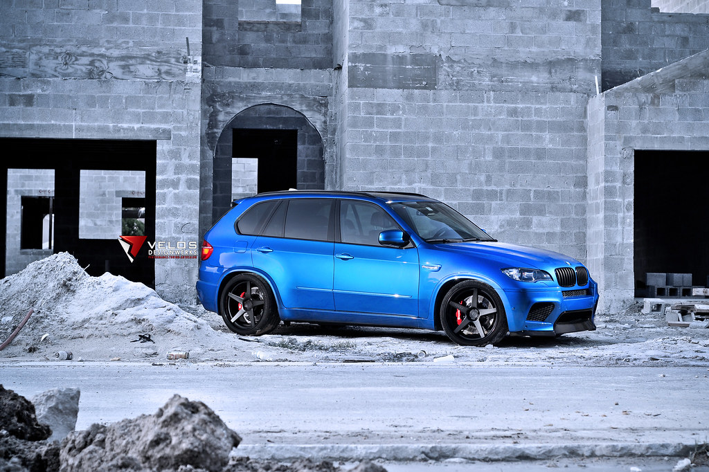 Brembo Brake Kit >> A Blue BMW X5M with a lot of upgrades built by Velos Designwerks