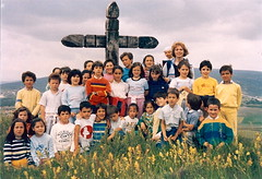1984: Aríñez class end-of-year hike to Júndiz. Emma is in my backpack