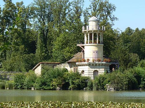 phare Versailles.jpg