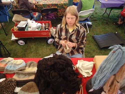 teen knitter