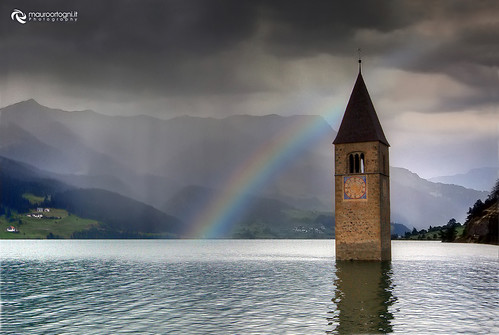 Rainbow Resia lake