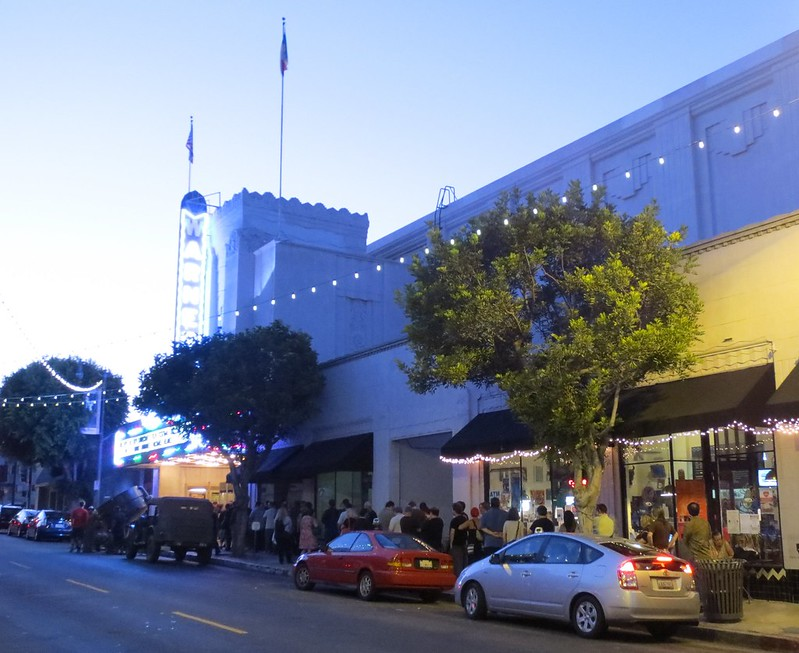 Marquee & line @ the Warner Grand
