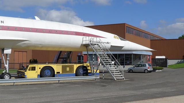Concorde-Mockup vor Haupteingang