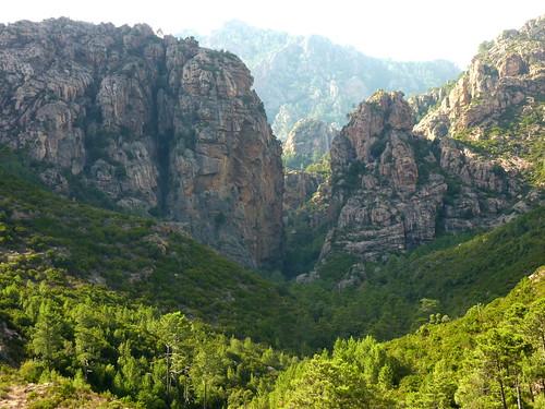Brèche du Carciara depuis le sentier du Mela