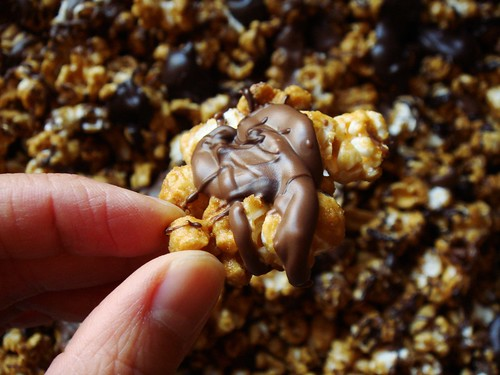 BAKED Caramel Popcorn with Peanut & Chocolate: Big Cluster