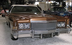 lincoln mark series(0.0), lincoln continental mark v(0.0), lincoln continental(0.0), automobile(1.0), automotive exterior(1.0), cadillac(1.0), vehicle(1.0), full-size car(1.0), cadillac eldorado(1.0), antique car(1.0), sedan(1.0), land vehicle(1.0), luxury vehicle(1.0), motor vehicle(1.0),