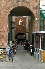 Breda - Petite allée et vélos
